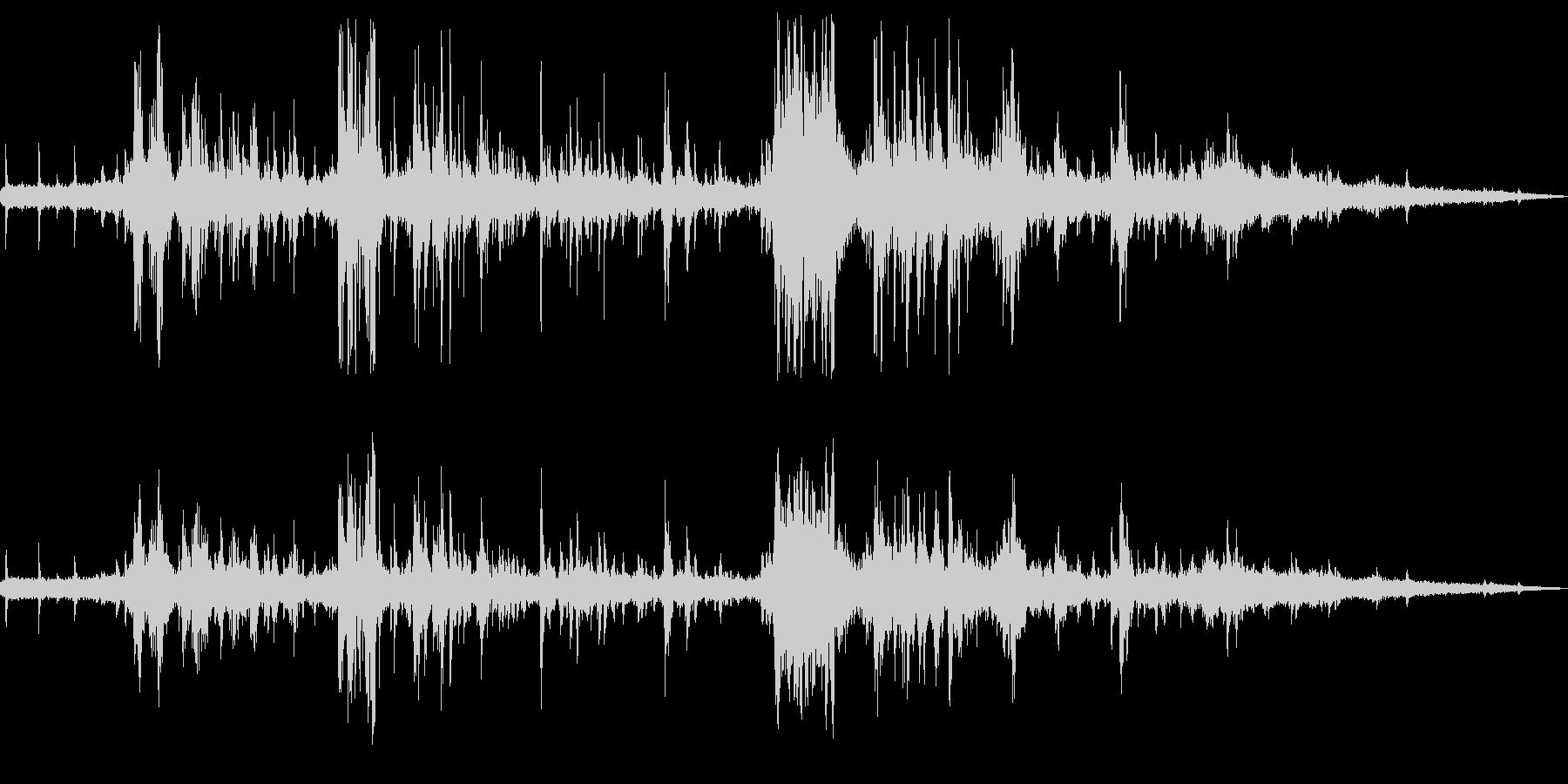 チュンチュンゴロゴロドーン(夕立)の未再生の波形