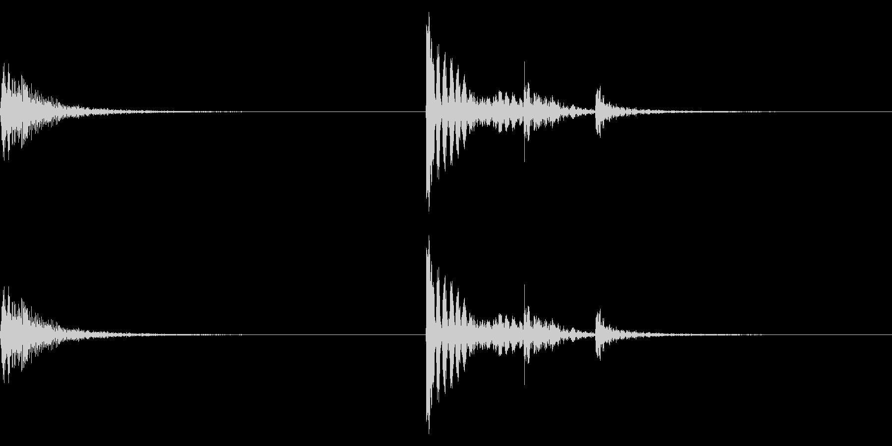【生録音】金属製フックをかける音 1の未再生の波形