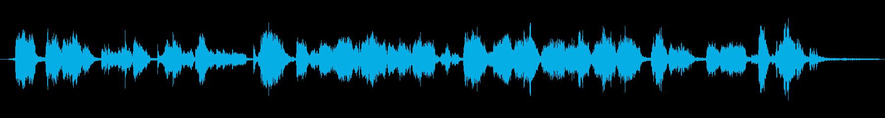 大型空気圧ホイスト:低い、重いきし...の再生済みの波形