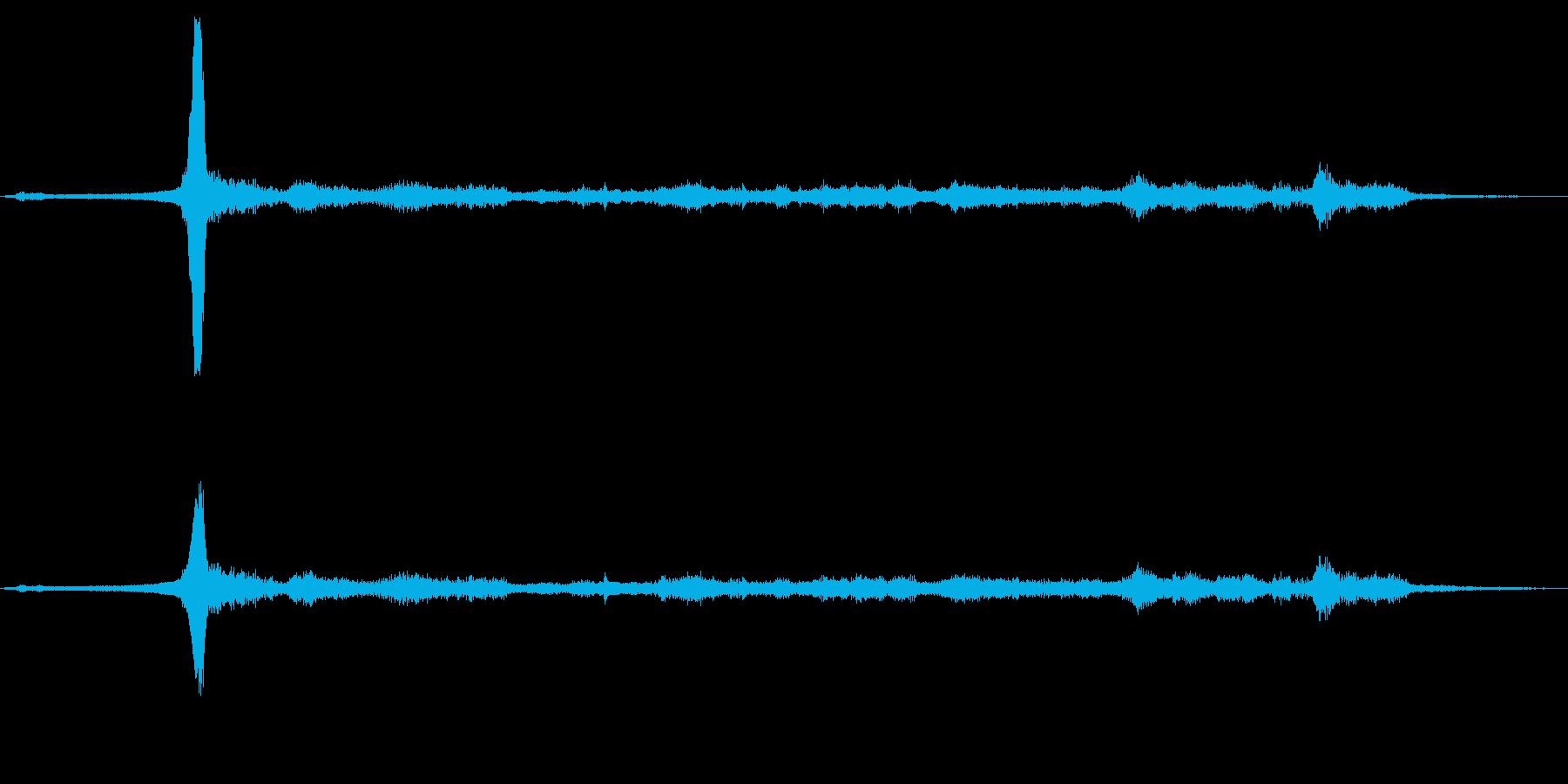 貨物列車:Ext:非常に近いホーン...の再生済みの波形