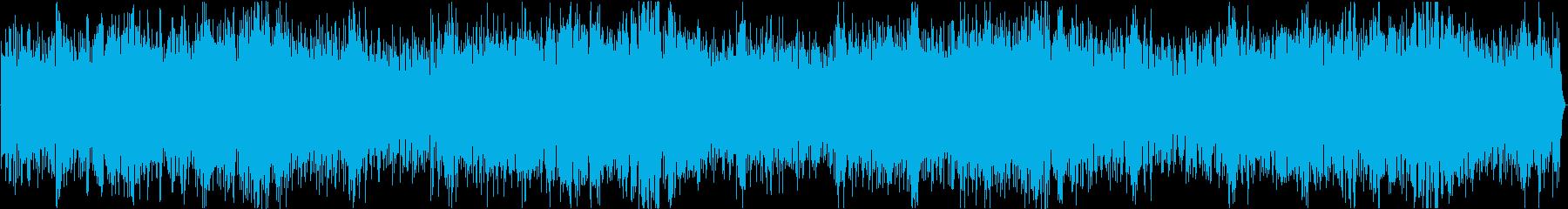 シンセサイザーとオーケストラ緊迫系の楽曲の再生済みの波形