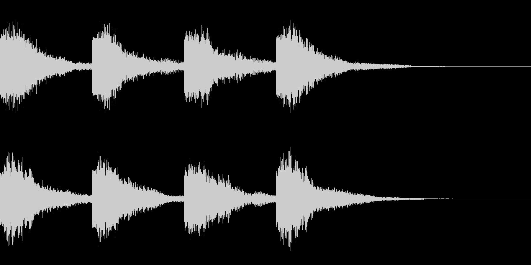 鐘の音(カーン×4)の未再生の波形