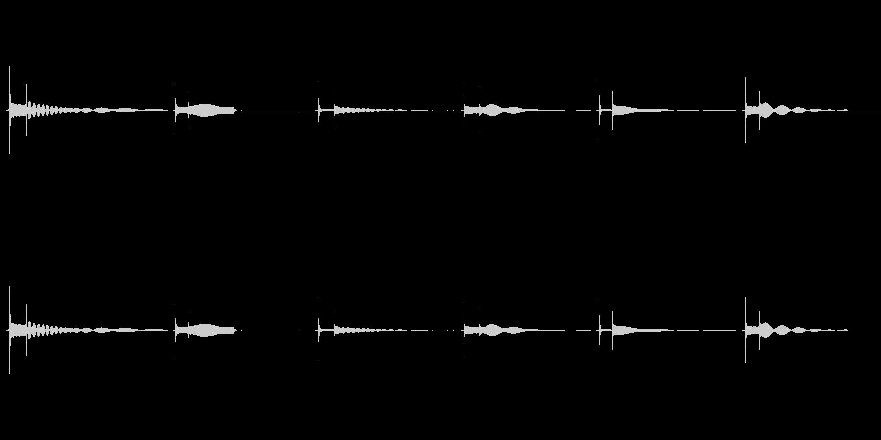エレキギター65弦チューニングの未再生の波形