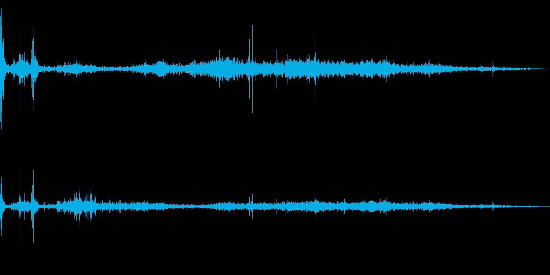 スケートボード/スケボーすべる効果音01の再生済みの波形