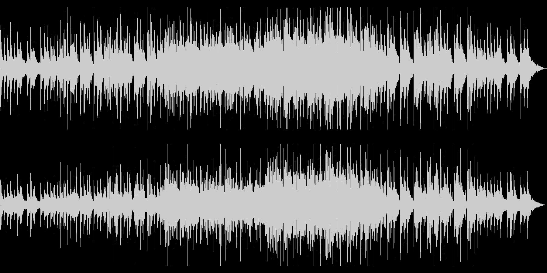 折り重なるピアノ幻想的な弦とシンセビートの未再生の波形