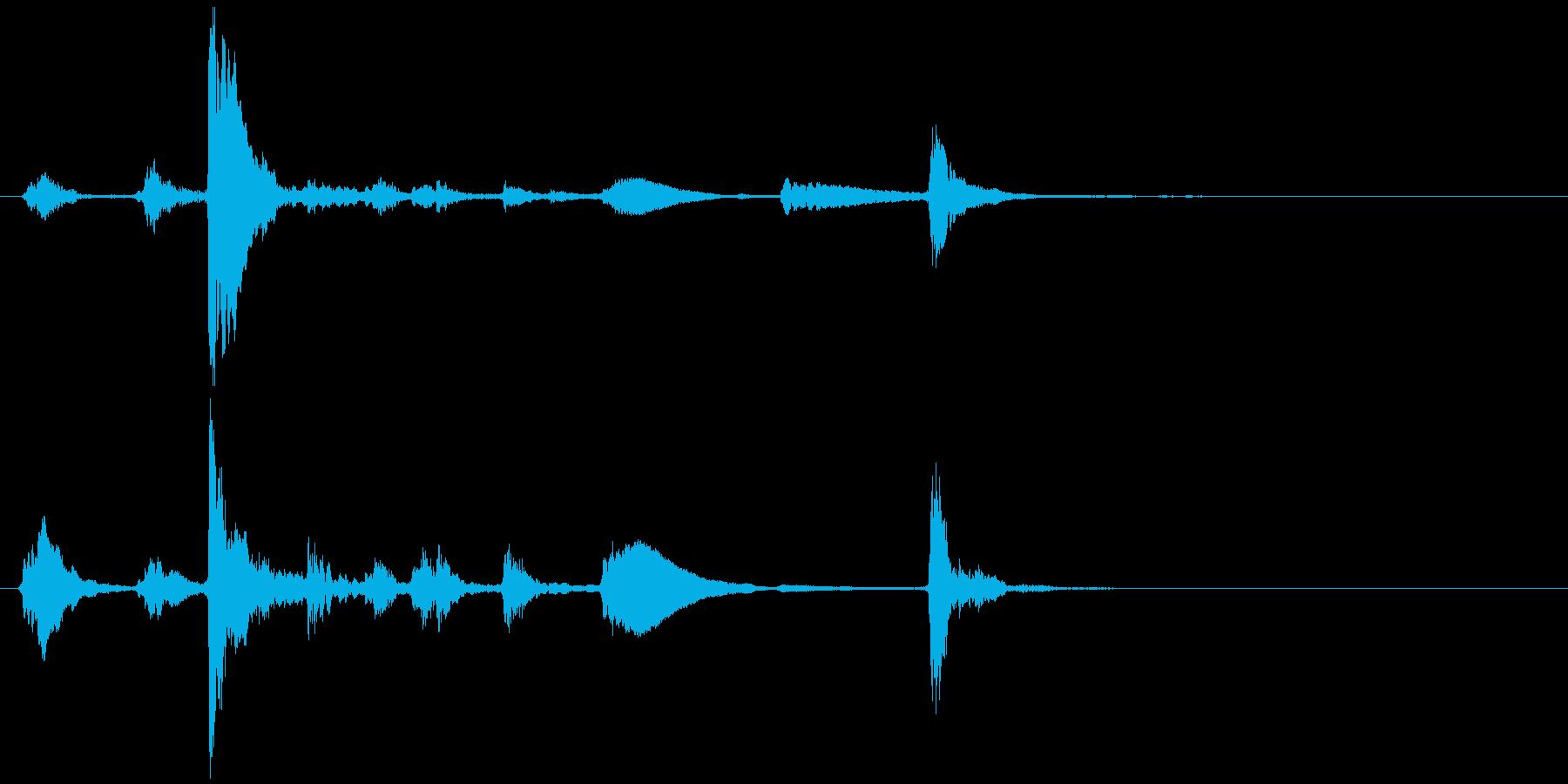 照明が灯る(蛍光灯など)チカッチカ…カッの再生済みの波形