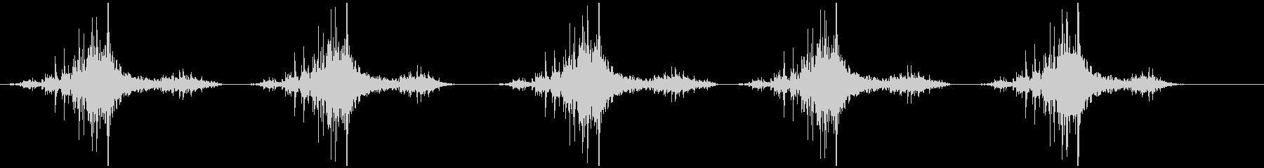 包丁で切る (シャッ+トン×5)の未再生の波形