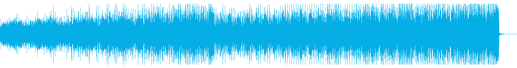 徐々に盛り上がるシンプルなハウスの再生済みの波形