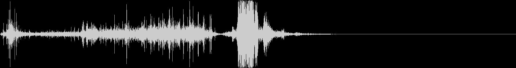 弓矢を放つ音の未再生の波形