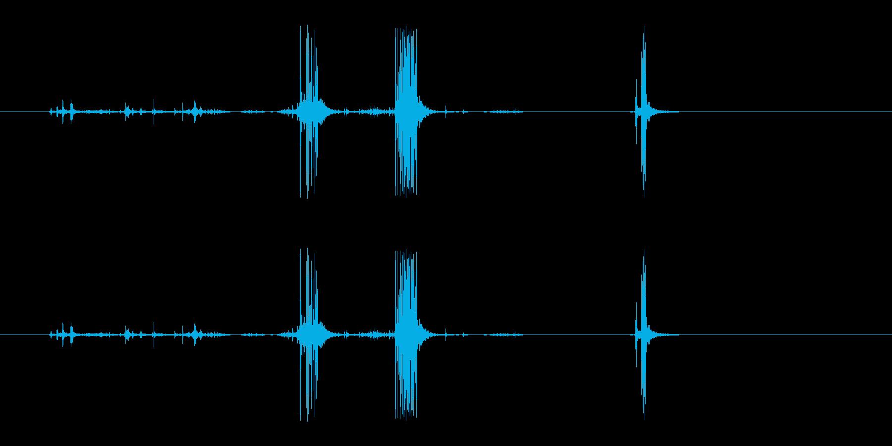 セロテープを使うときの音の再生済みの波形