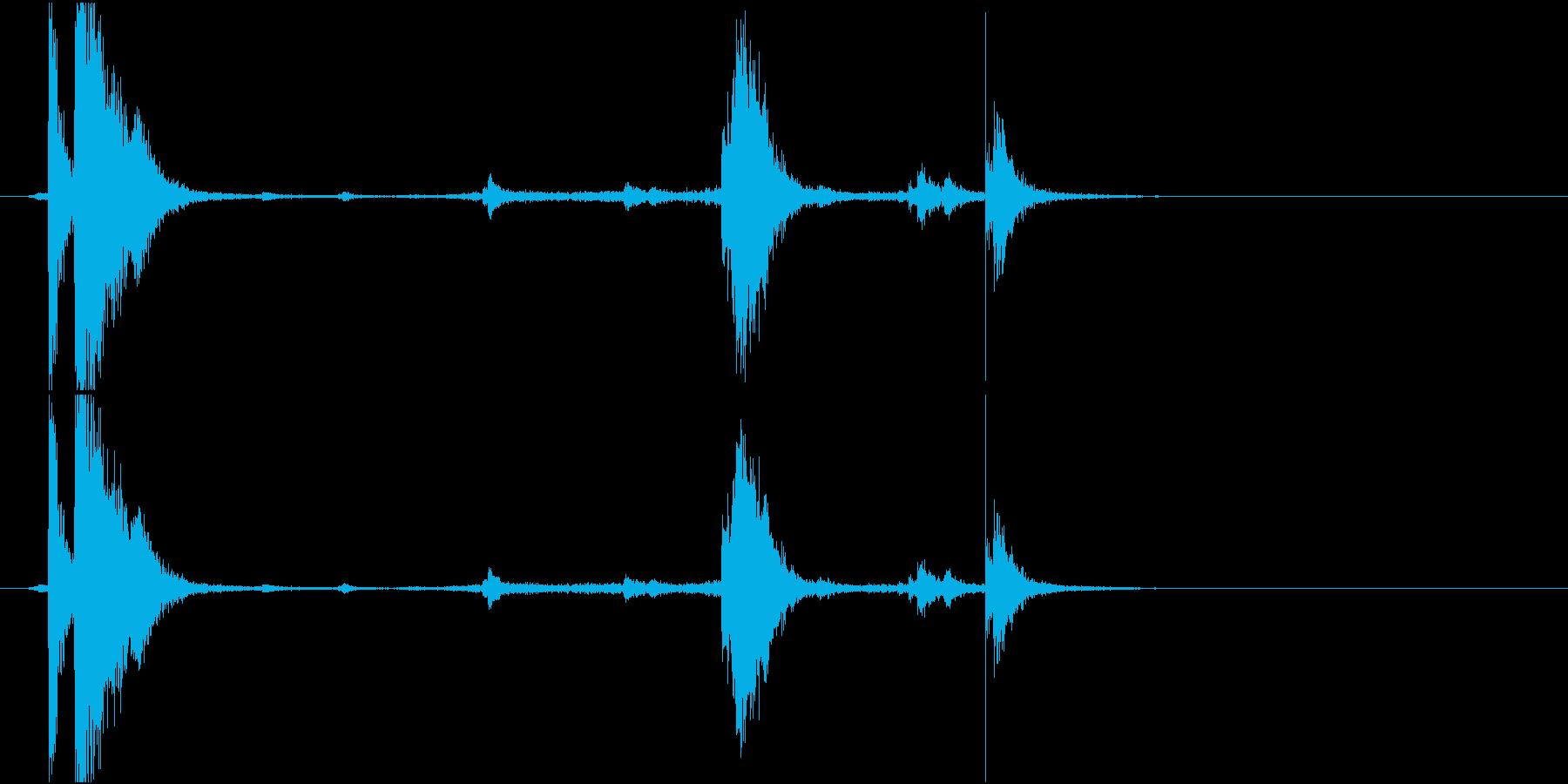 【生録音】 魚焼きグリルをせり出す音の再生済みの波形