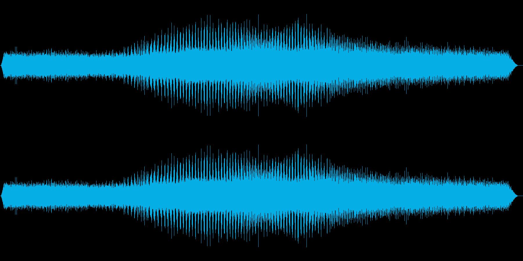 クマゼミの鳴き声(夏、蝉、朝、午前中)の再生済みの波形