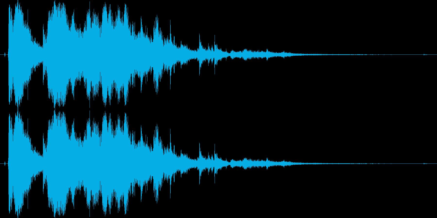 ガラスやグラスが勢いよく割れる効果音06の再生済みの波形