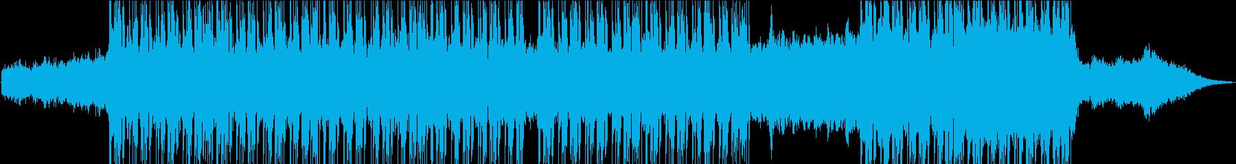 激しい、時にはザラザラしたダブステ...の再生済みの波形