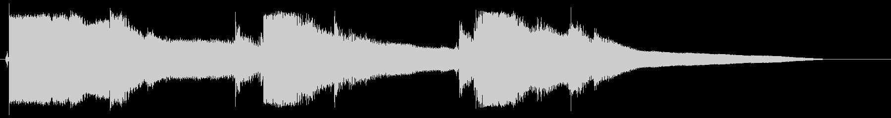 カランカランカラン(氷がグラスへ入る)の未再生の波形
