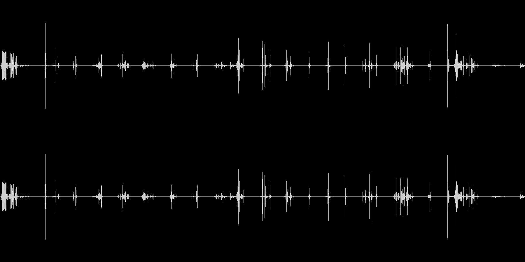 ラックからの要素:メタル/ウッドセ...の未再生の波形