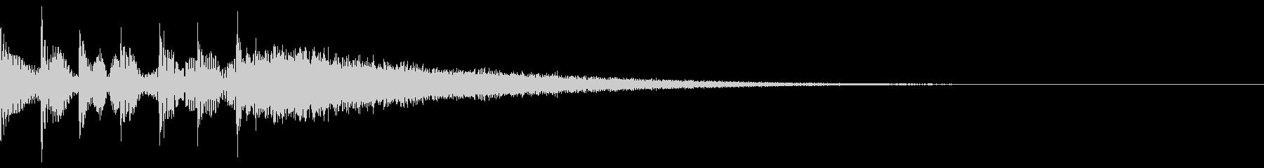 ドラムのタムロール後にシンバルの未再生の波形