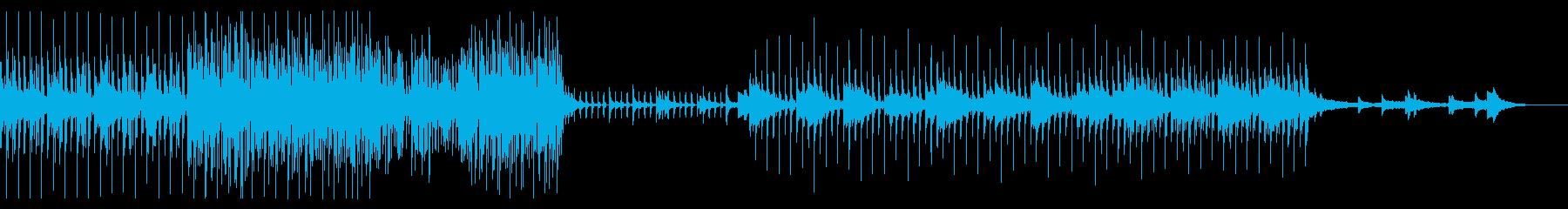 幻想的で洗練された、壮大な曲の再生済みの波形