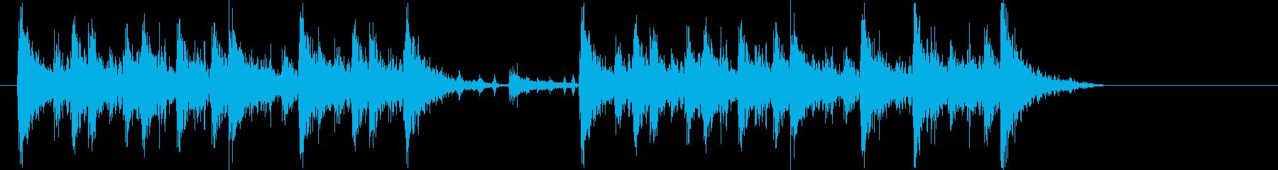 迫力あるダイナミックで力強いリズムロゴの再生済みの波形