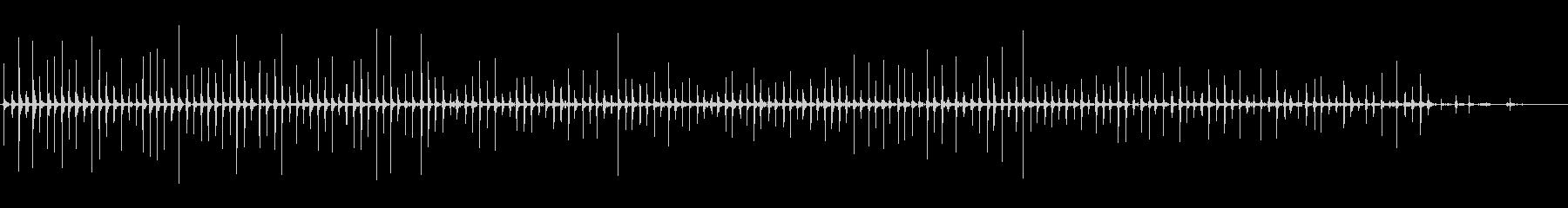 足音 女/走るパンプス+コンクリートの未再生の波形