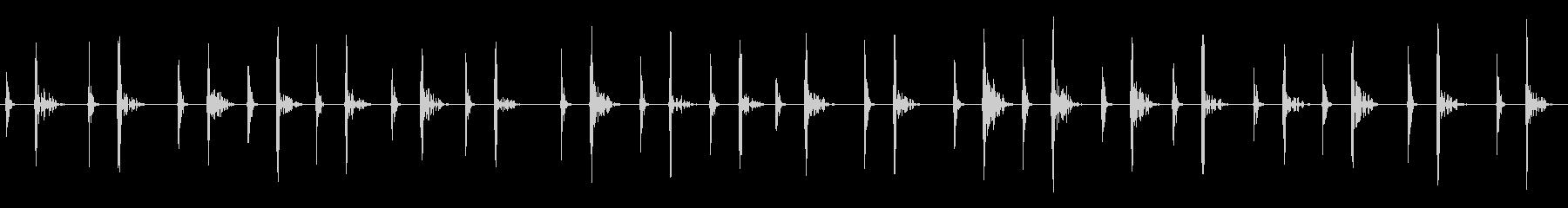 足音(子どもが素足で水辺で遊ぶ)の未再生の波形