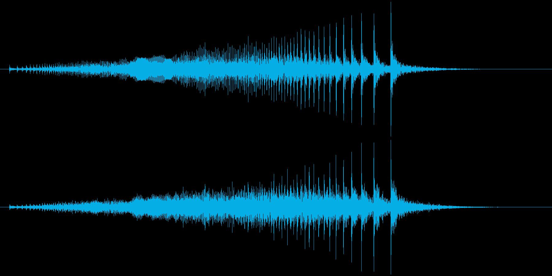 軋む(床など) キィゥッの再生済みの波形