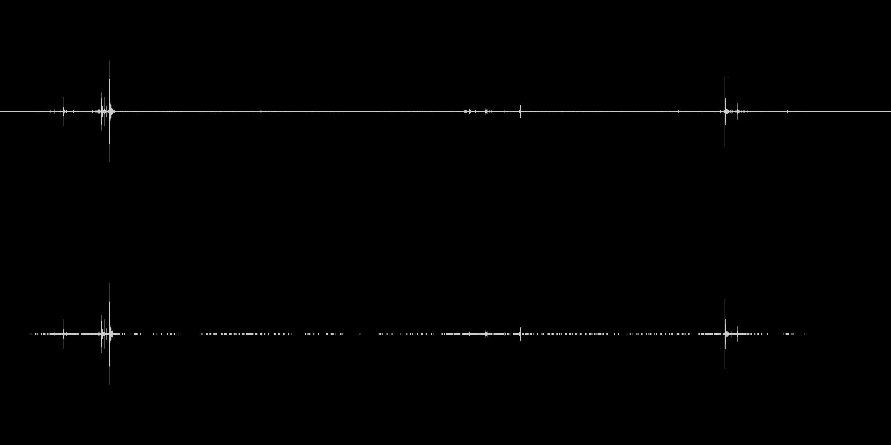 木 ステップオントゥイグス01の未再生の波形