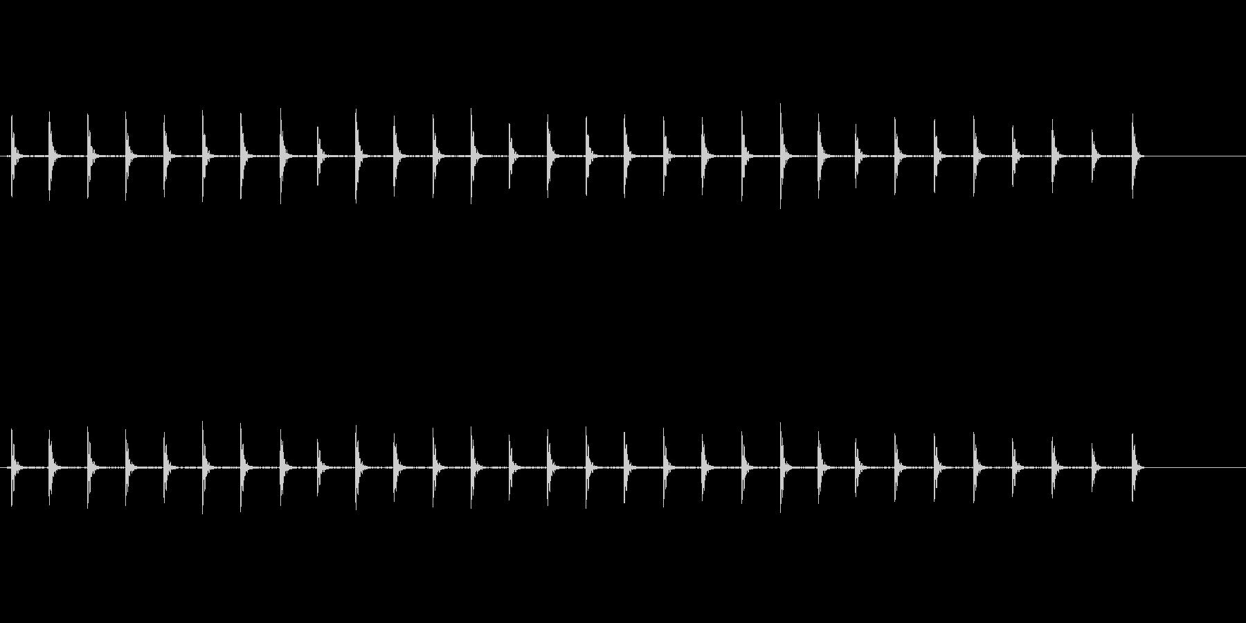 自然の中での木魚(背景音あり)の未再生の波形