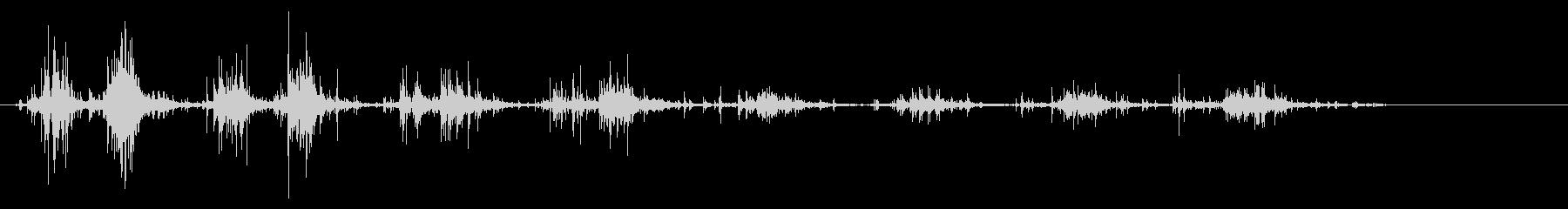 タブレッド菓子出す音・振る音20の未再生の波形