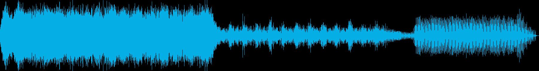早朝の森の中のアンビント・エレクトロニカの再生済みの波形