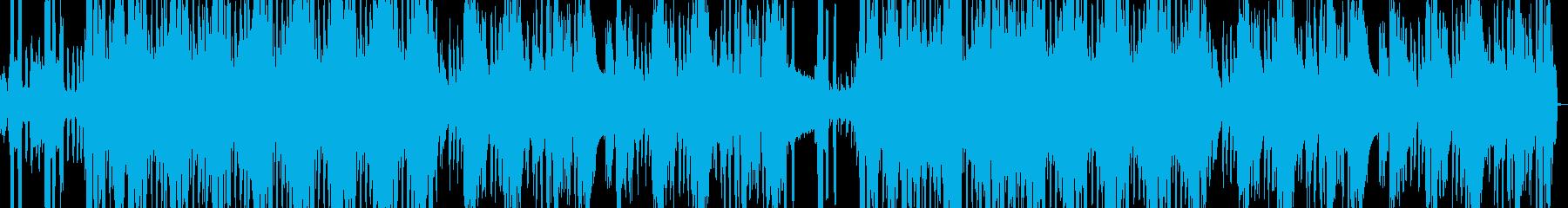 不気味な声とピアノのリズムトラックの再生済みの波形