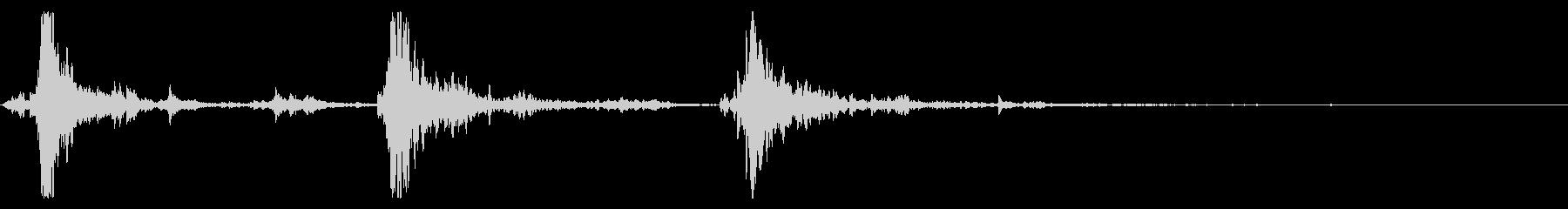 速く鳴るシャンシャンシャン(鈴の音)の未再生の波形