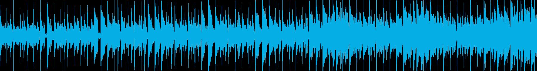 ピアノ、ハンドクラップ、アコーステ...の再生済みの波形