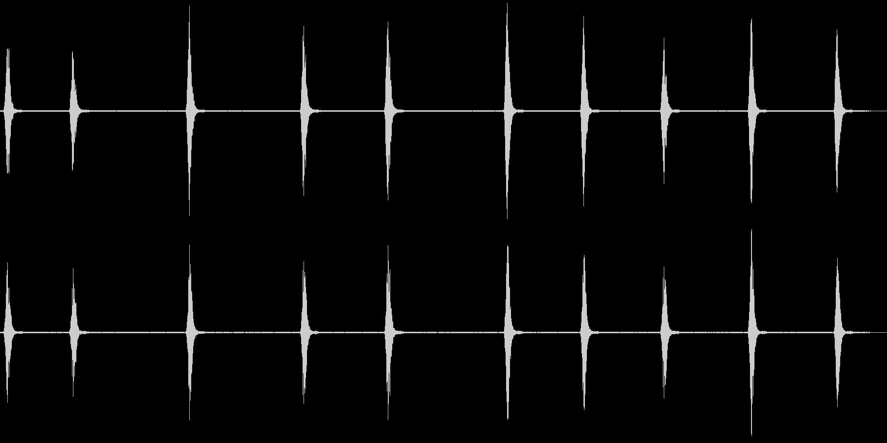 スズメの鳴き声1(チュンチュン)の未再生の波形