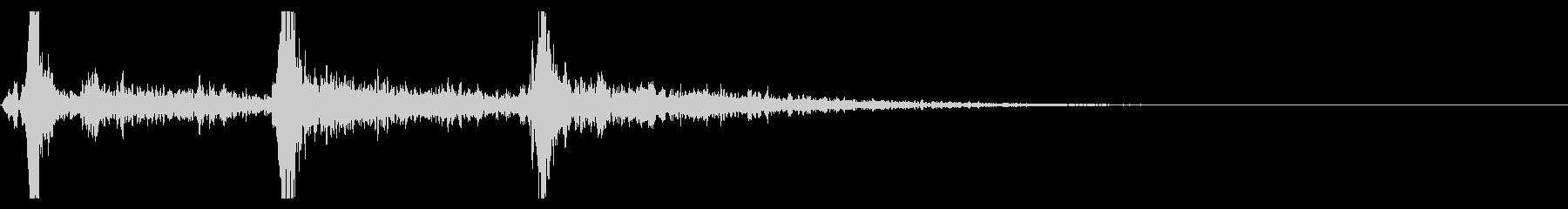 シャン×3(鈴の音・3回・広がりあり)の未再生の波形