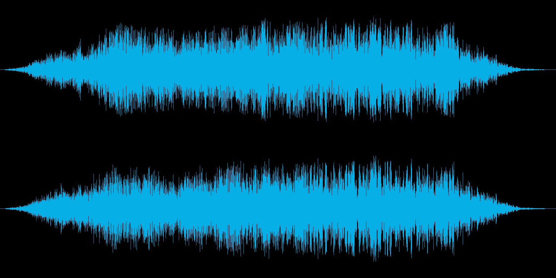 管制塔での航空機通過音の再生済みの波形