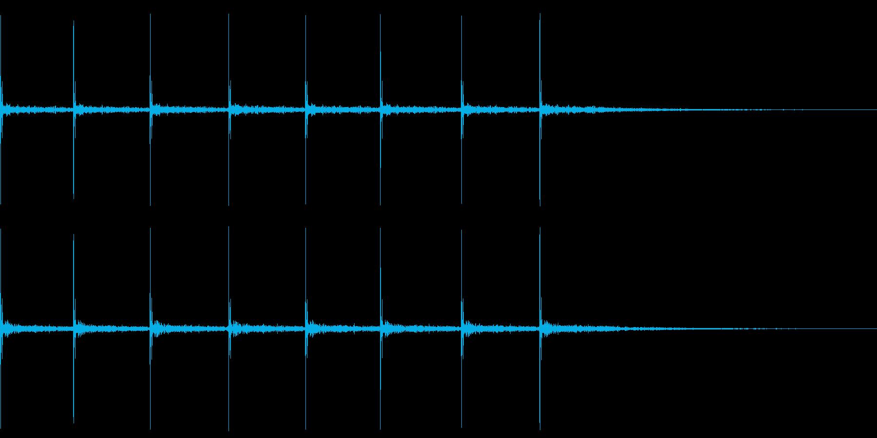 コツコツ…(ヒールの足音・ゆっくり)の再生済みの波形