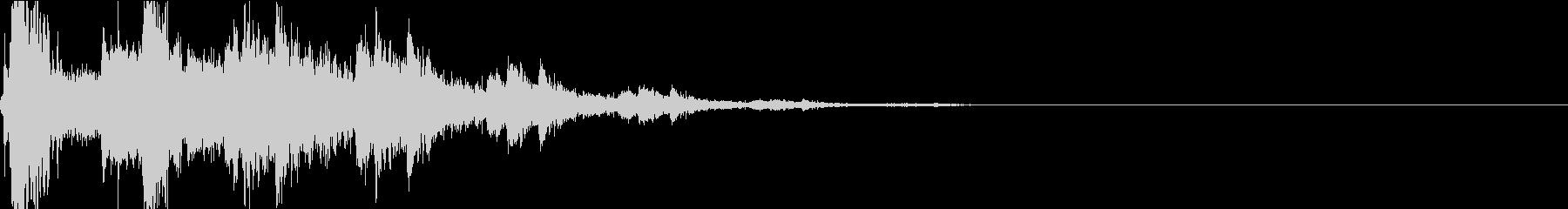 バリン:瓶を投げて割る音・衝撃・物音の未再生の波形