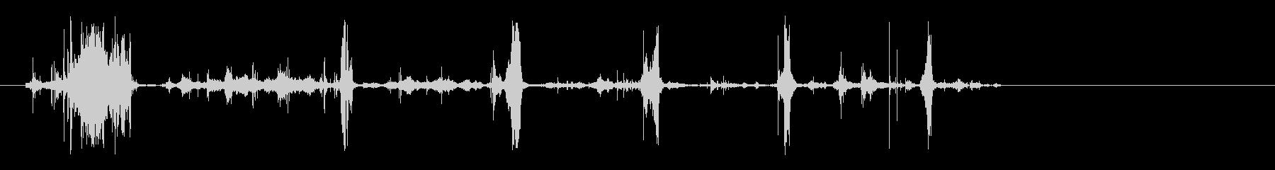 録音、ビリビリと紙を破る音の未再生の波形