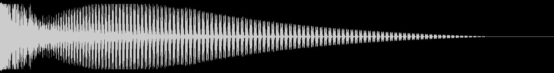 バーン(打楽器を強く叩きつける音)の未再生の波形