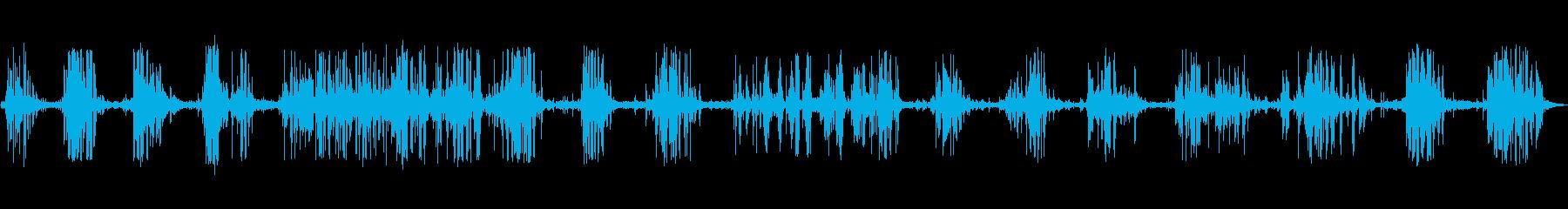 旧キャリッジ:さまざまなきしみ音と...の再生済みの波形