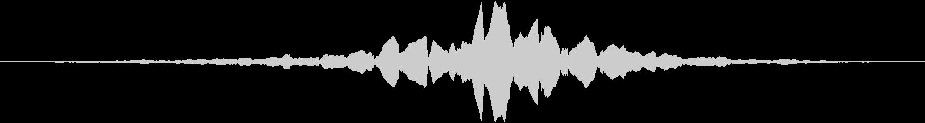 救急車が通り過ぎる音(ドップラー効果)の未再生の波形