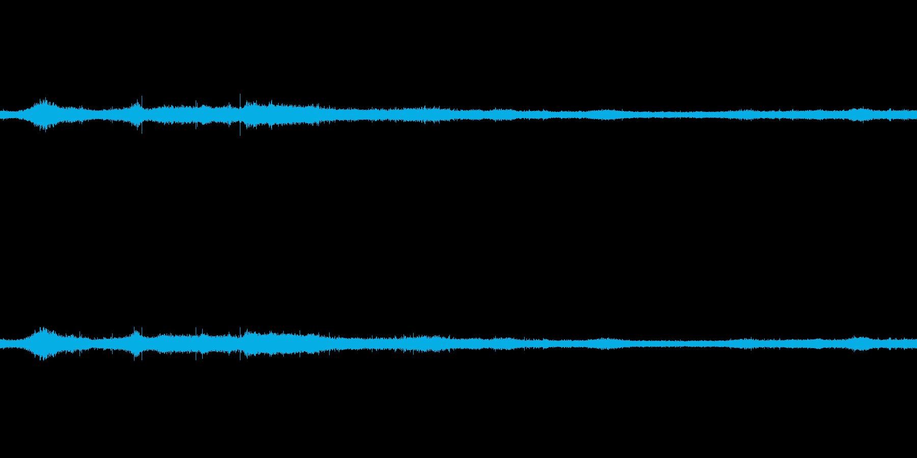 【生音】夏の日の雷雨 - 02 雨の降…の再生済みの波形