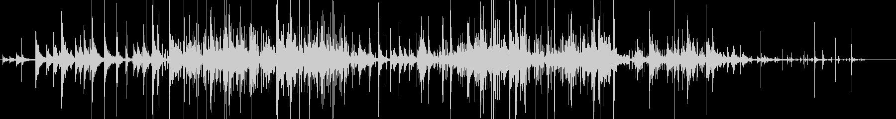 カランコロン… 静けさ 神秘的 環境音の未再生の波形