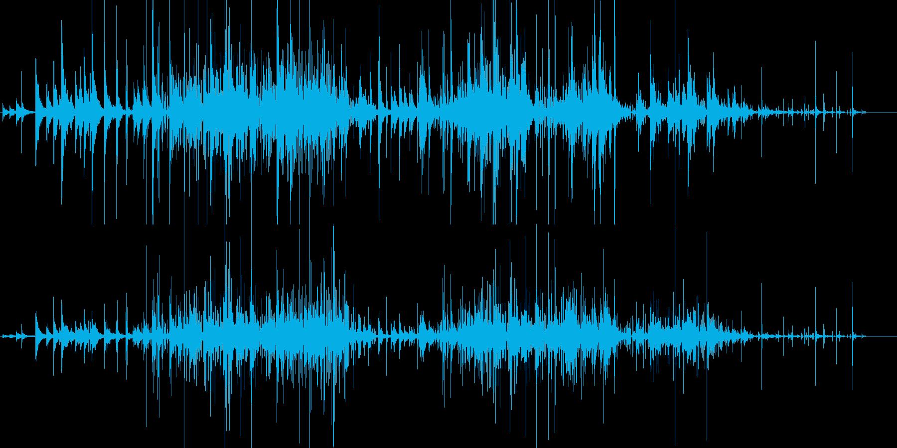 カランコロン… 静けさ 神秘的 環境音の再生済みの波形