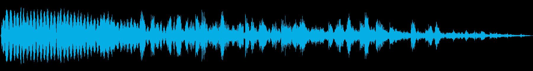 トクントクン・・・(下水道の水滴音)の再生済みの波形