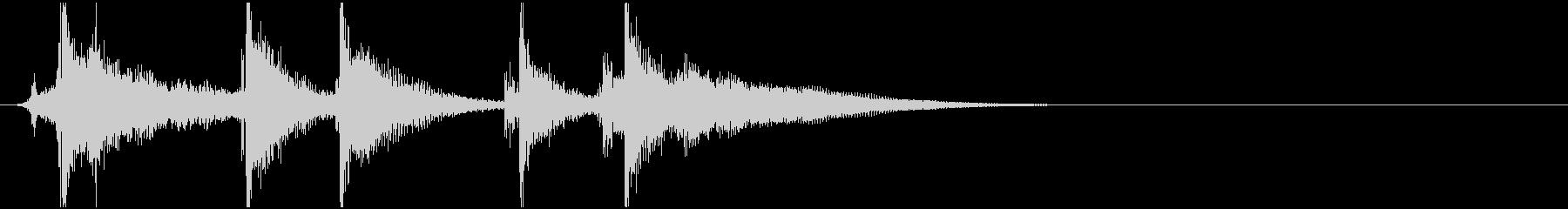 三味線と和太鼓と掛け声のジングルの未再生の波形