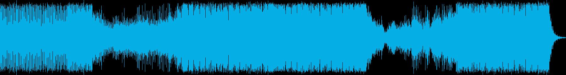 ドラマチックな展開の激しいトランスの再生済みの波形