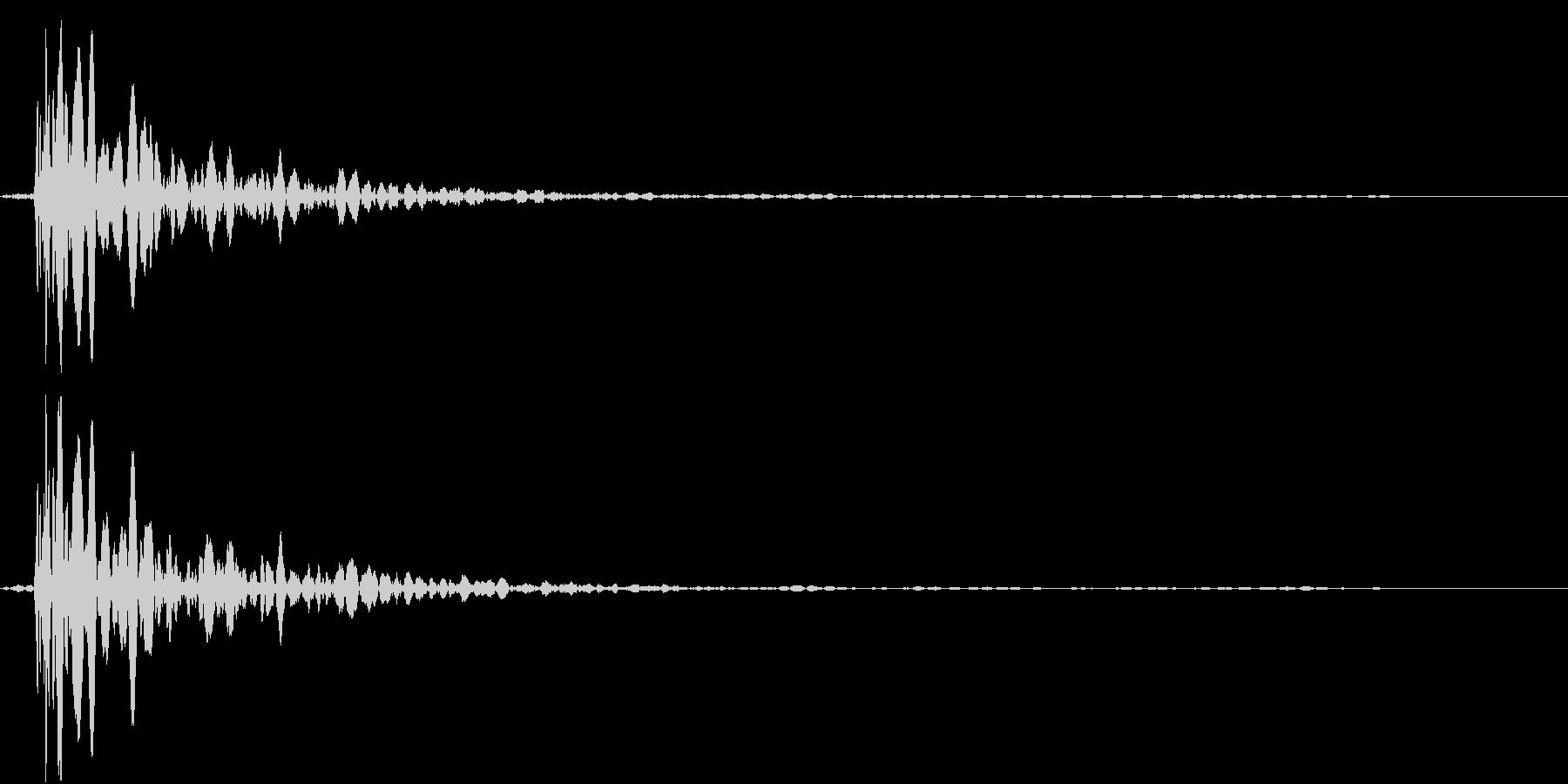 【生録音】蹴る音 キック 再現音 4の未再生の波形