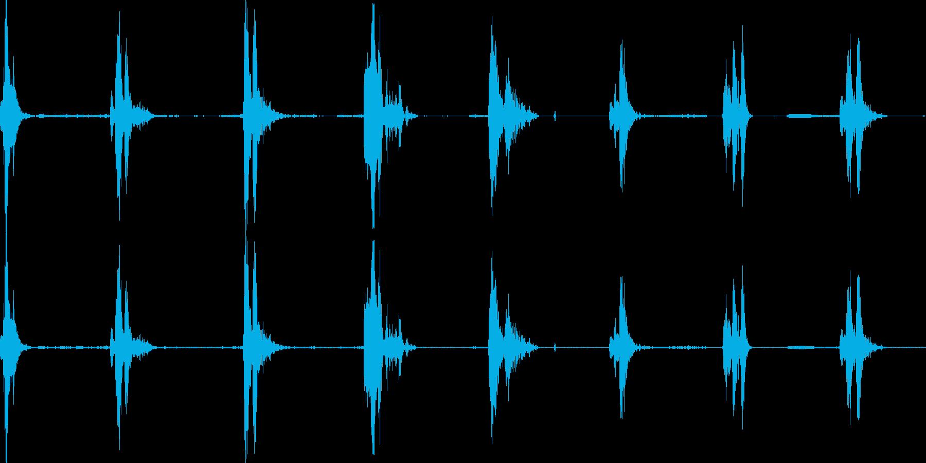 力場のデブリ反応の再生済みの波形